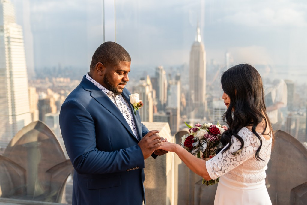 Photo 7 How to get married on the Top of the Rock?