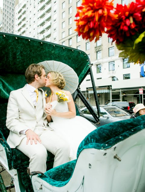 Photo Horse and Carriage Wedding Ceremony Package