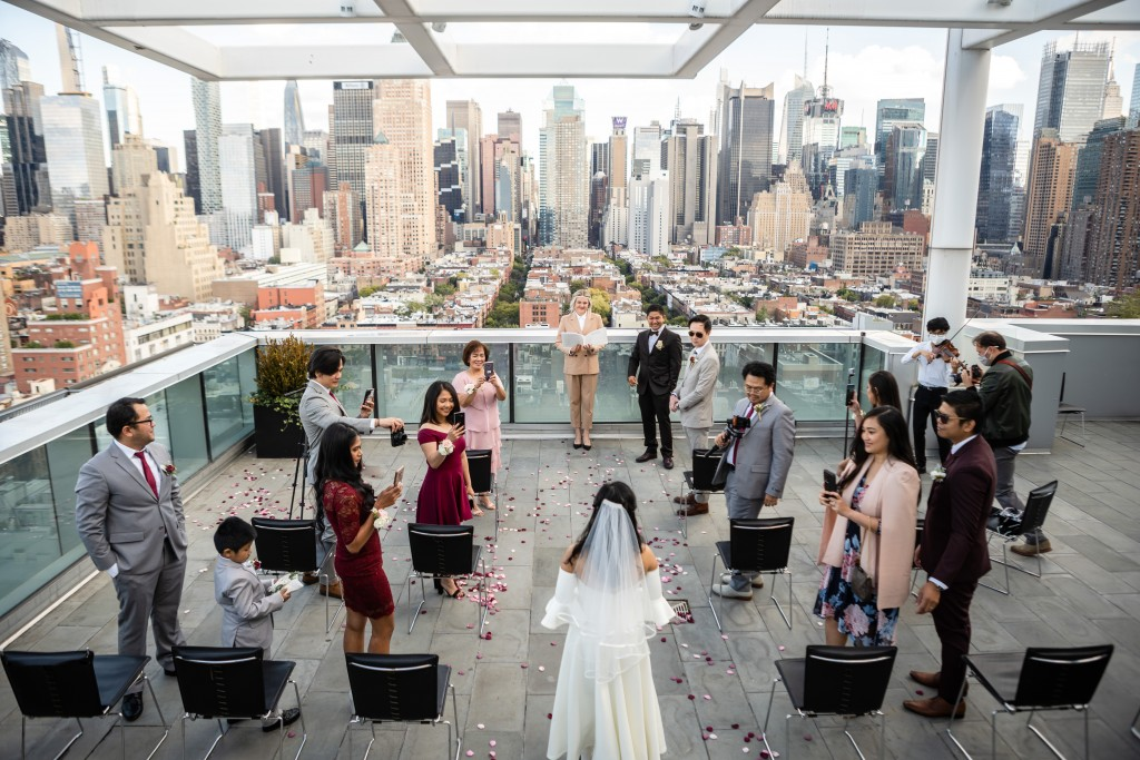 Photo 5 Ryan and Grace penthouse elopement in New York